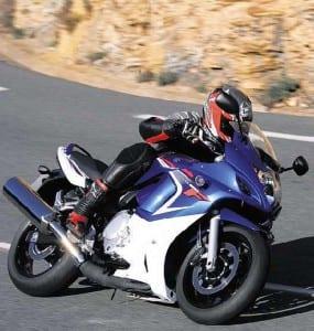 2009-Suzuki-GSF650F-2