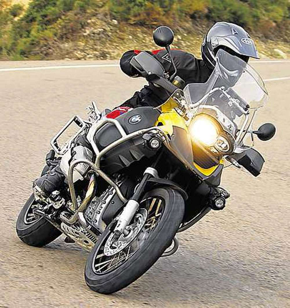 BMW-R1200GS-Adventure-1