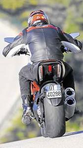 Ducati-Diavel-5