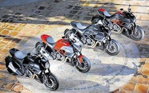 Ducati-Diavel-colours