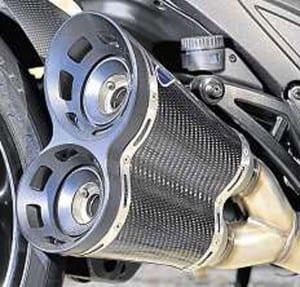 Ducati-Diavel-pipes