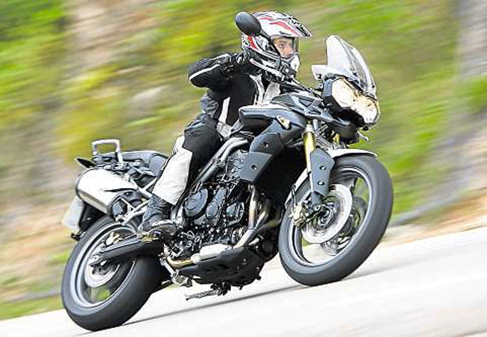 Tiger-800-Riding