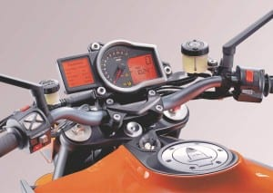 The three riding modes, and ABS & traction control can be set with the buttons on the left bar.