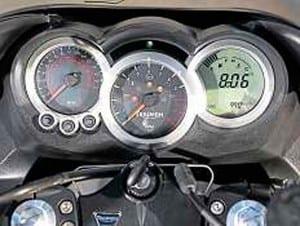 Triumph-Sprint-GT-3