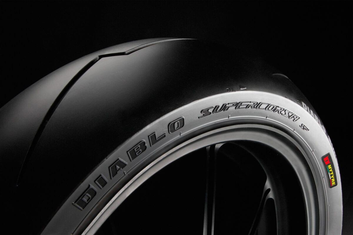pirelli_diablo-supercorsa_rear_art