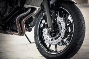 014_MT-07-Brakes