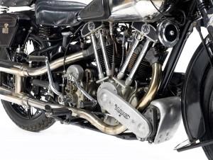 1939-Brough-Superior-SS100--engine