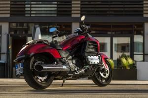 Honda-F6C-1800-YM14-008