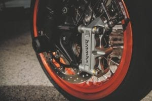 Radial calipers fitted to the SMC R