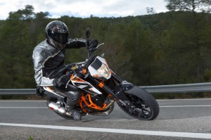 The 690 Duke R on the road