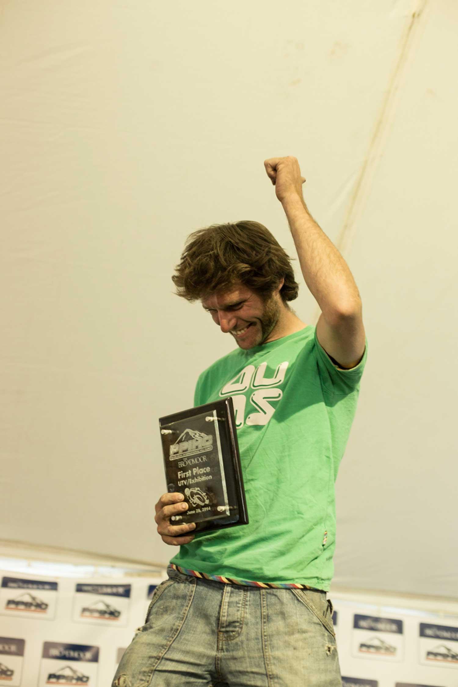 guy-martin-with-award