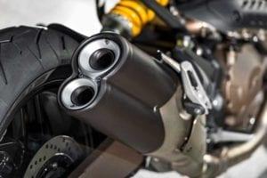2014-Ducati-Monster-821013