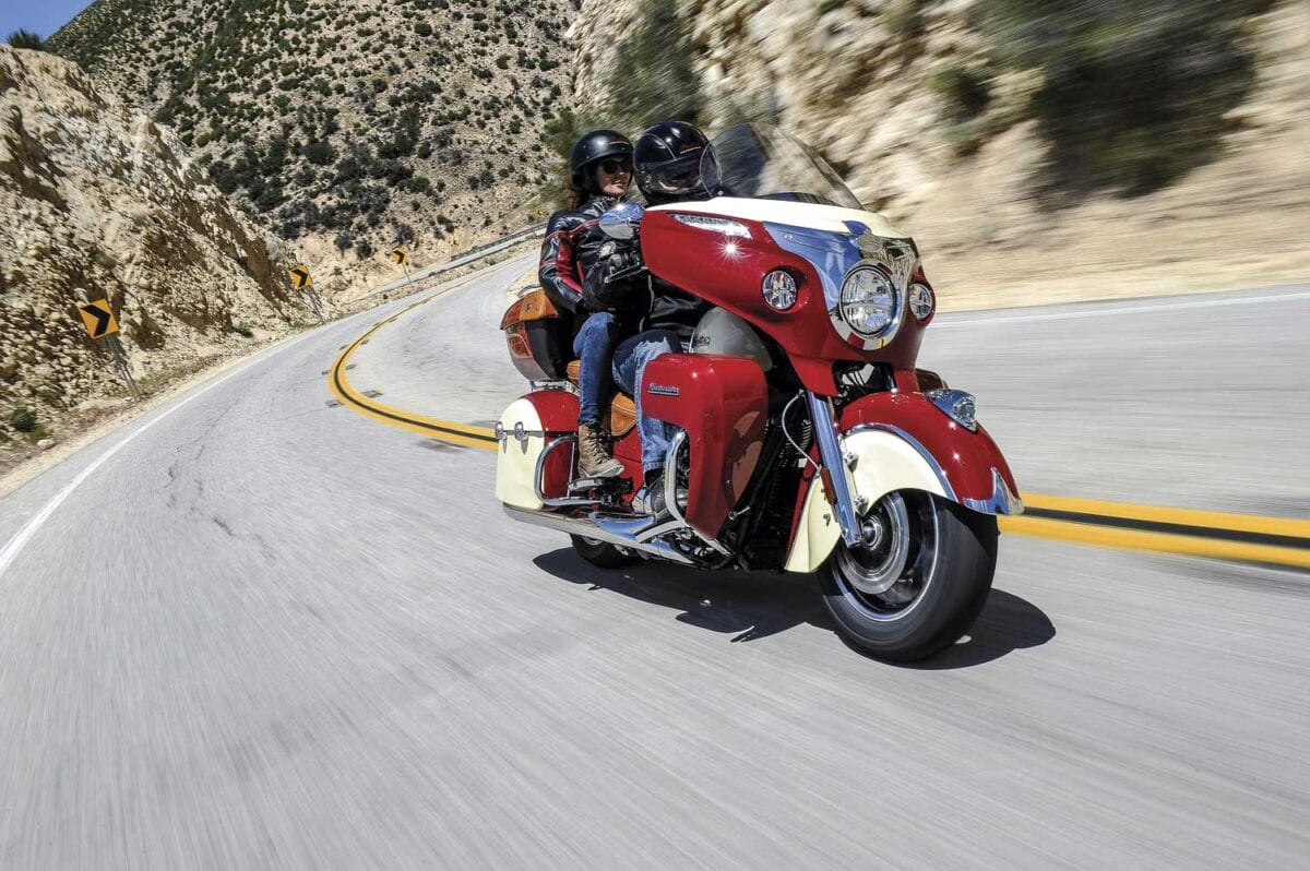 Roadmaster-red-cream-action5