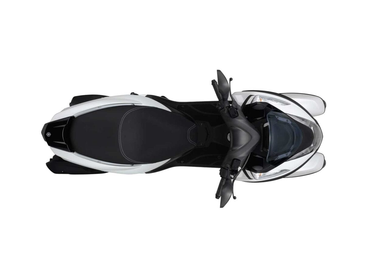 Yamaha Tricity027