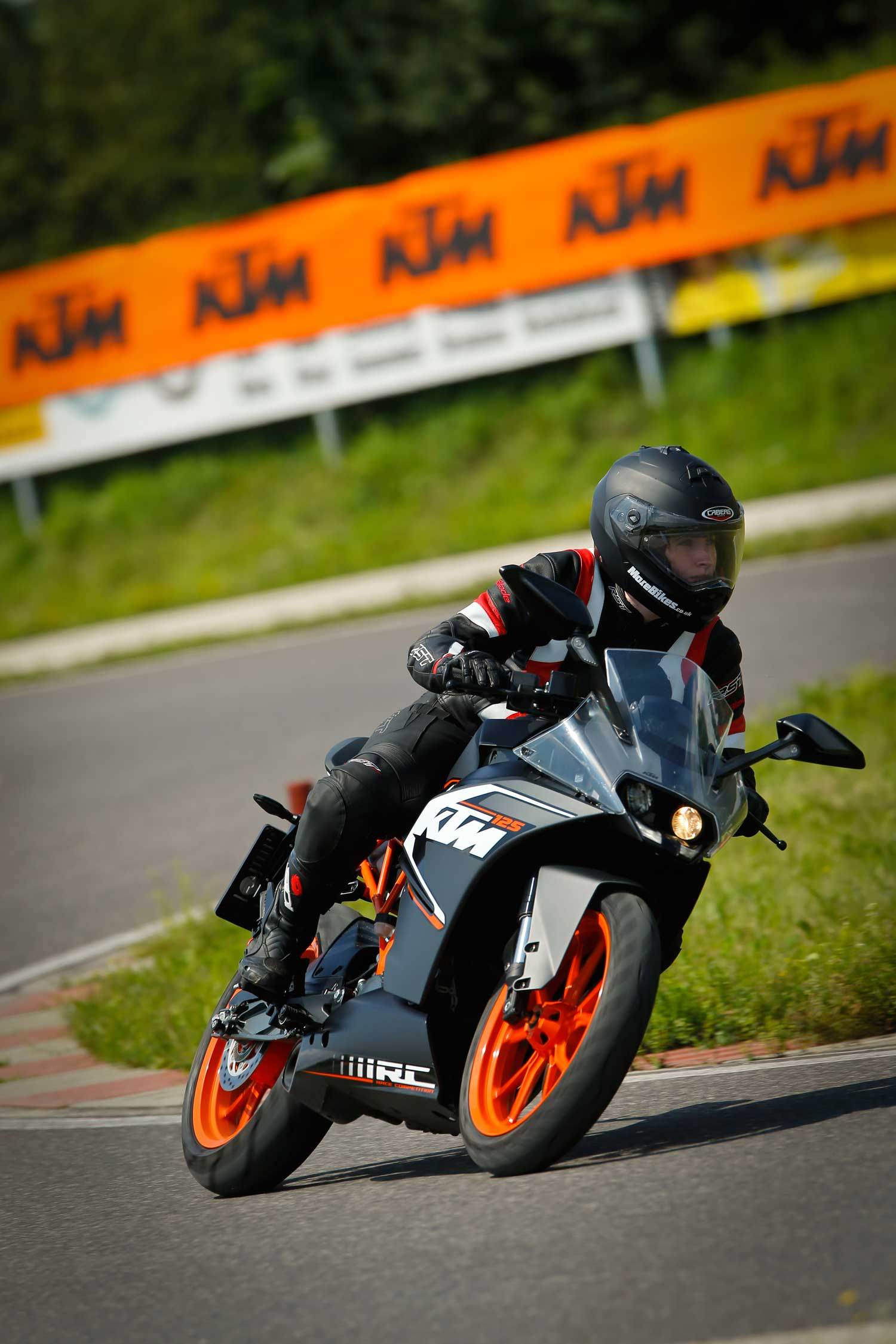 KTM-RC125-004