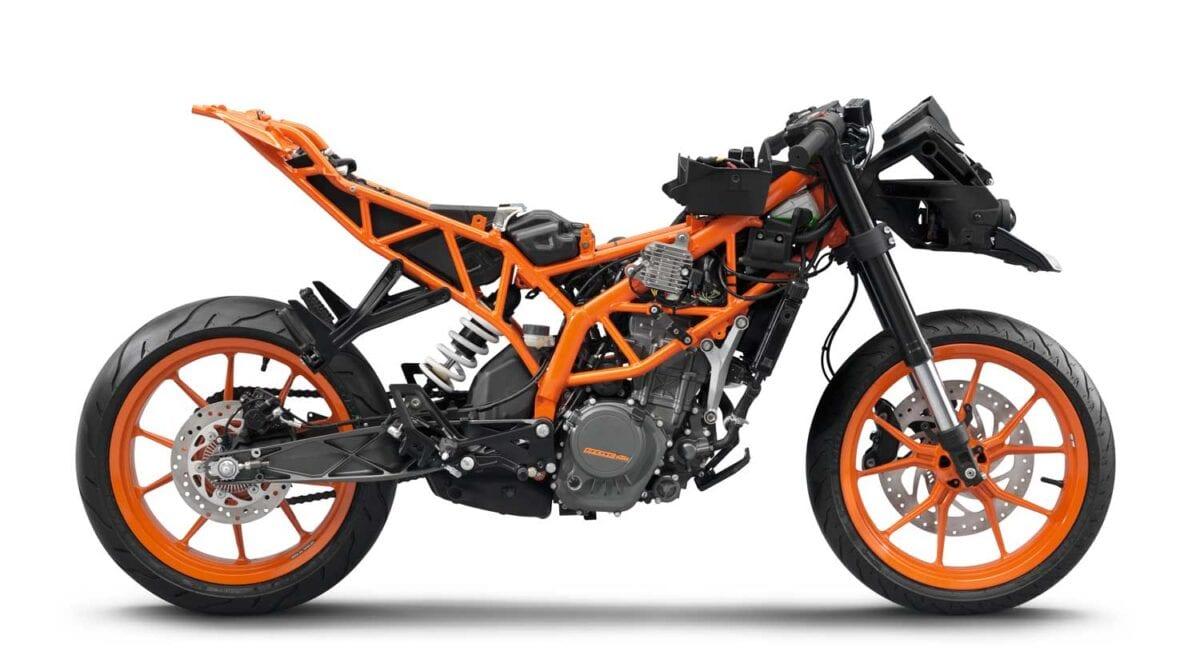 KTM-RC125-033