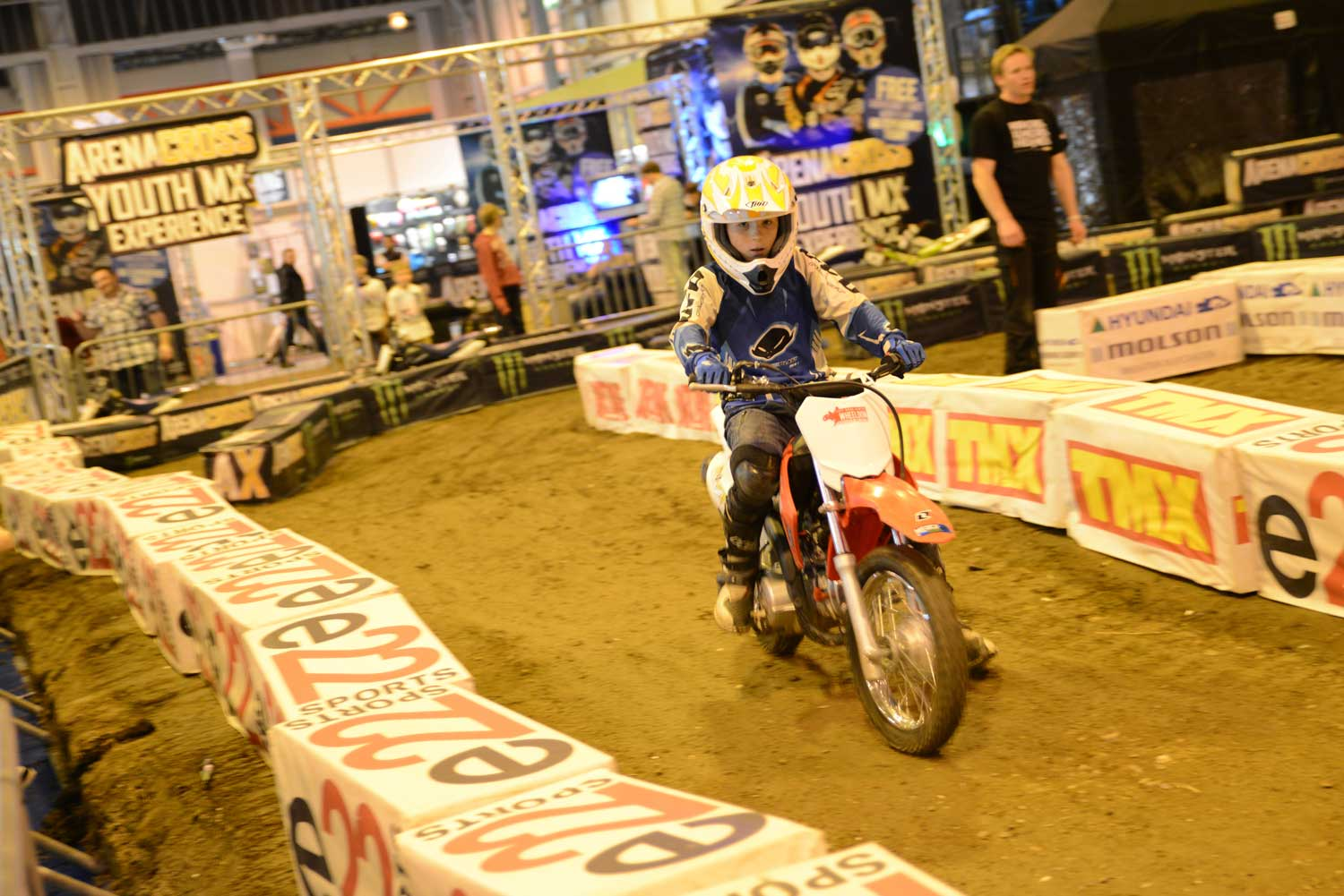 MCL13_YouthMX_1