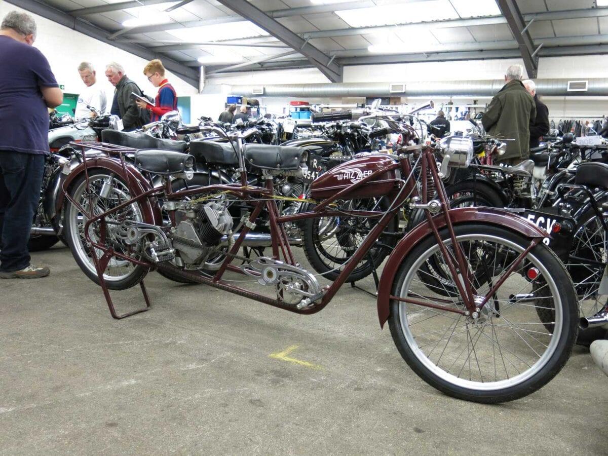 1949-Whizzer-138cc
