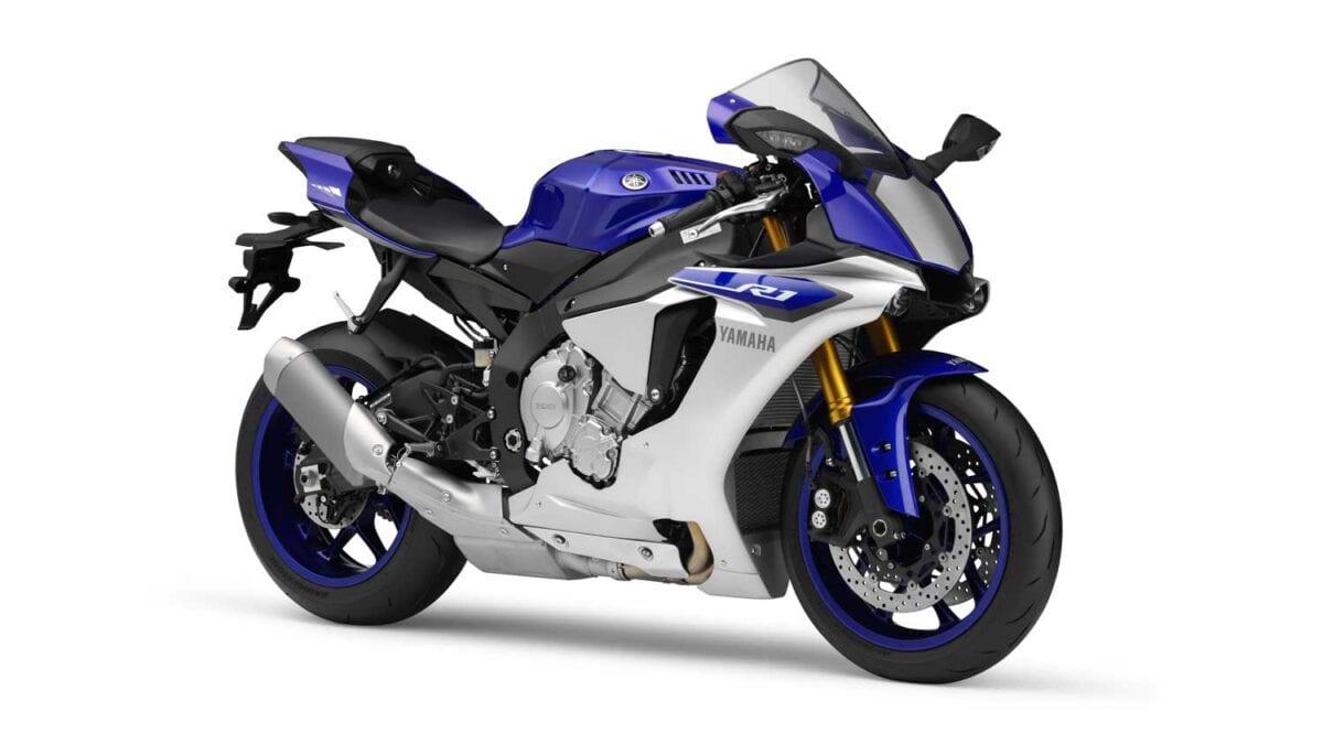 2015-Yamaha-R1-036