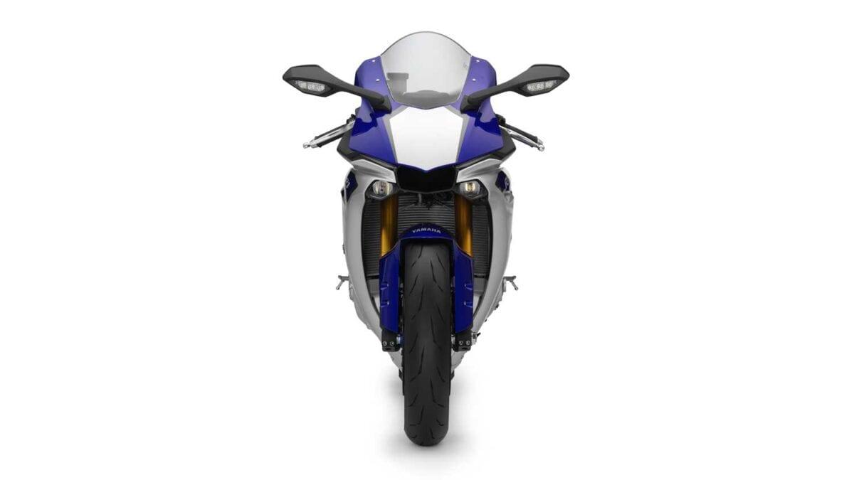 2015-Yamaha-R1-041