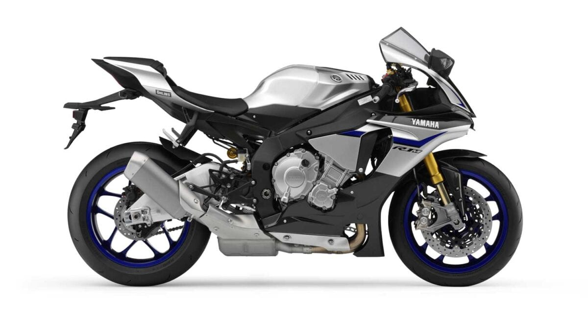 2015-Yamaha-R1M-020