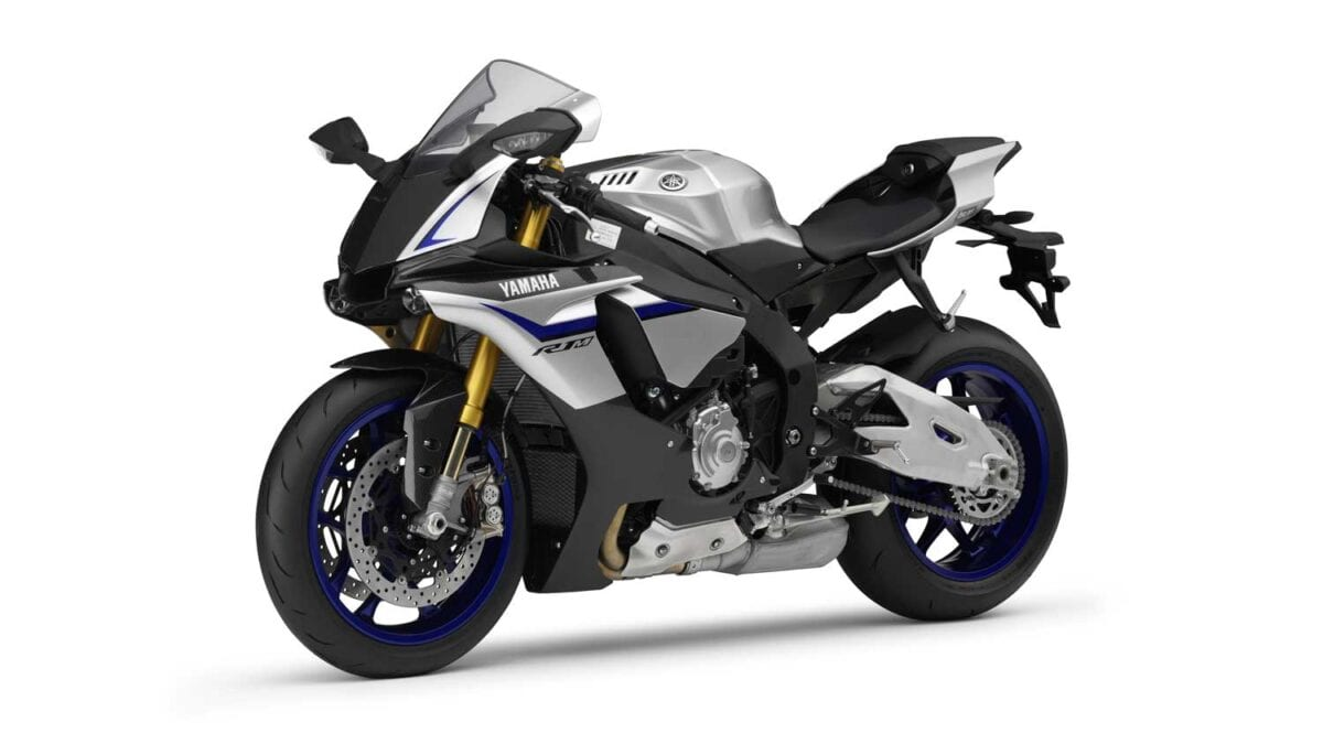2015-Yamaha-R1M-023