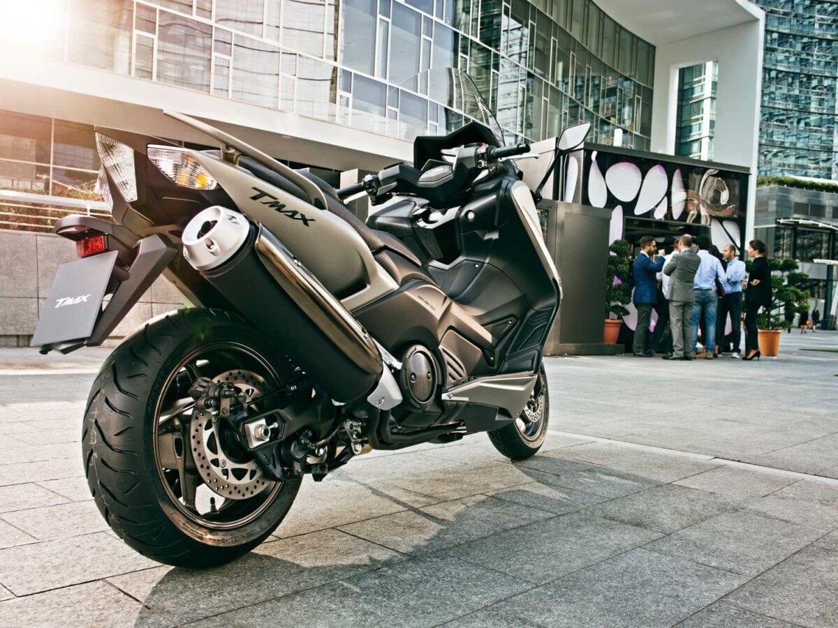 2015-Yamaha-TMAX-023