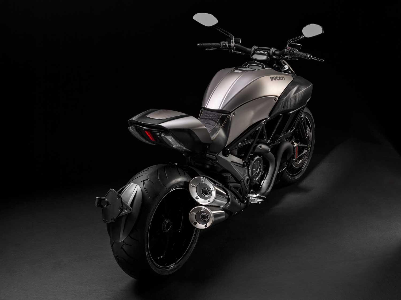 Ducati-Diavel-Titanium-001