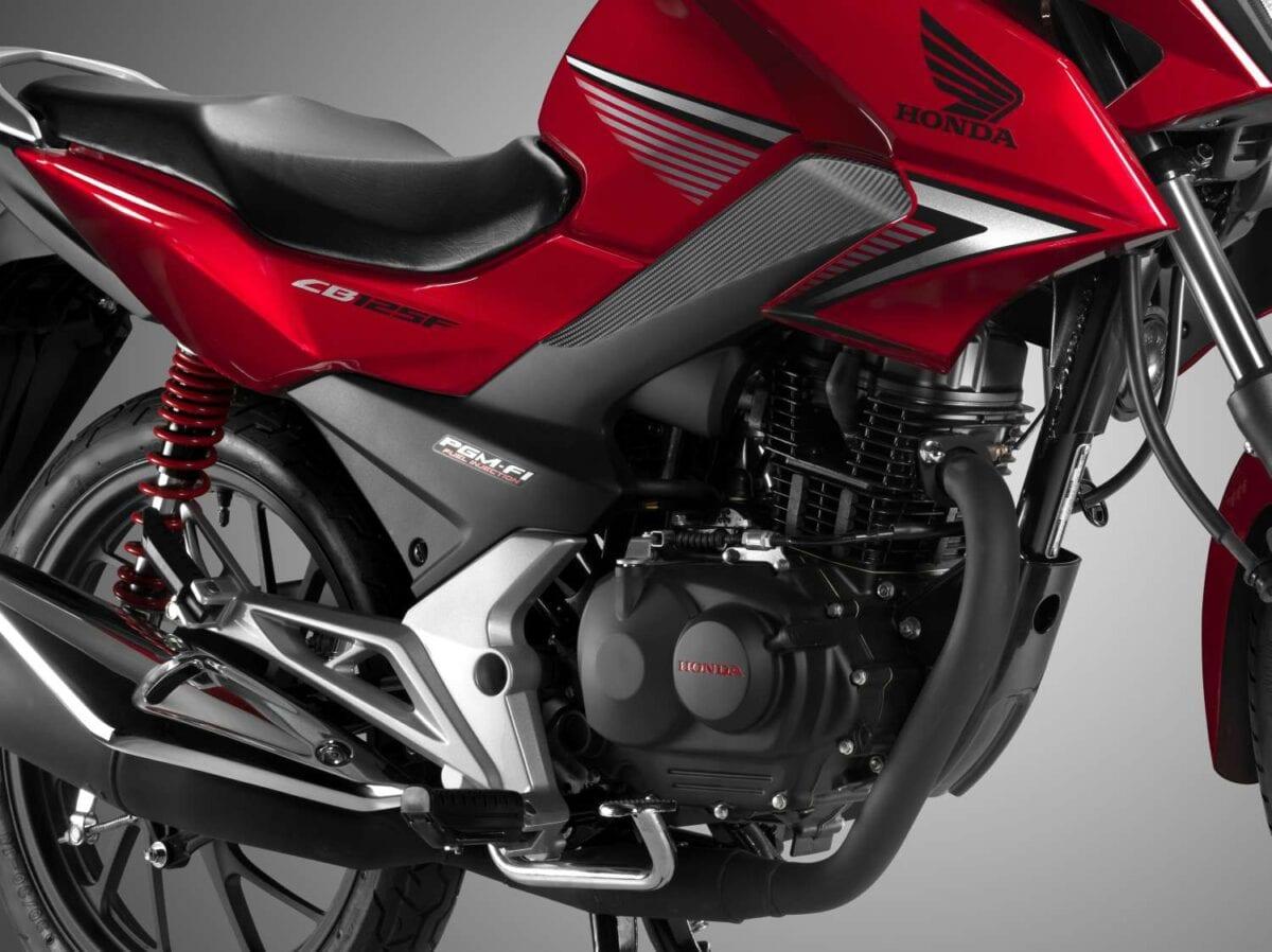 Honda CB125F 21