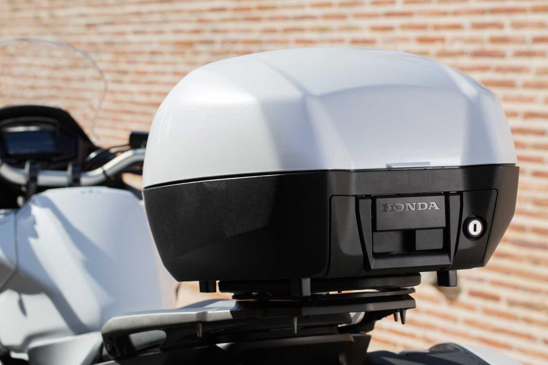 Honda-VFR800X-Crossrunner-018