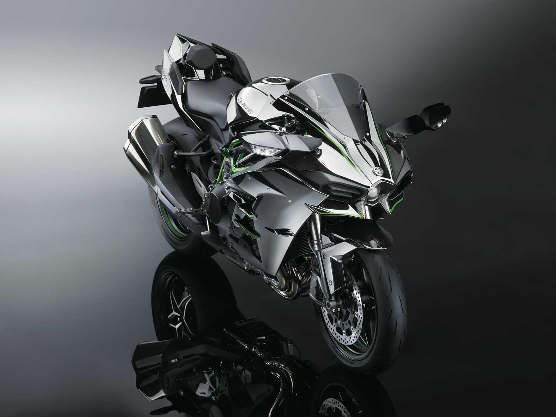 Kawasaki-H2-008
