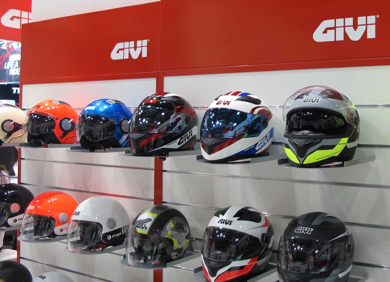 Ndp_GIVI_UK_MotorcycleLive2014_01