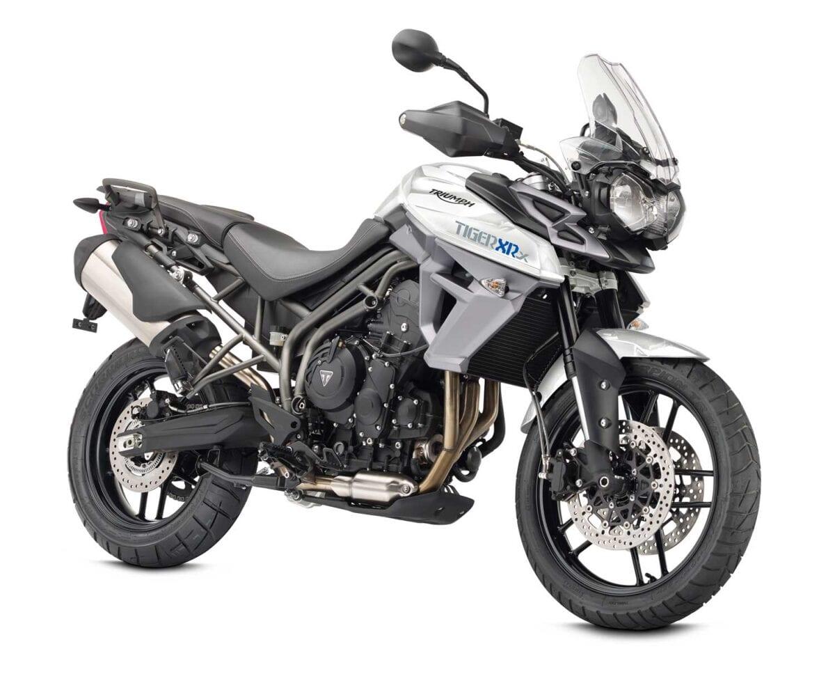 Tiger-XRX-Crystal-White-Front-3-quarter
