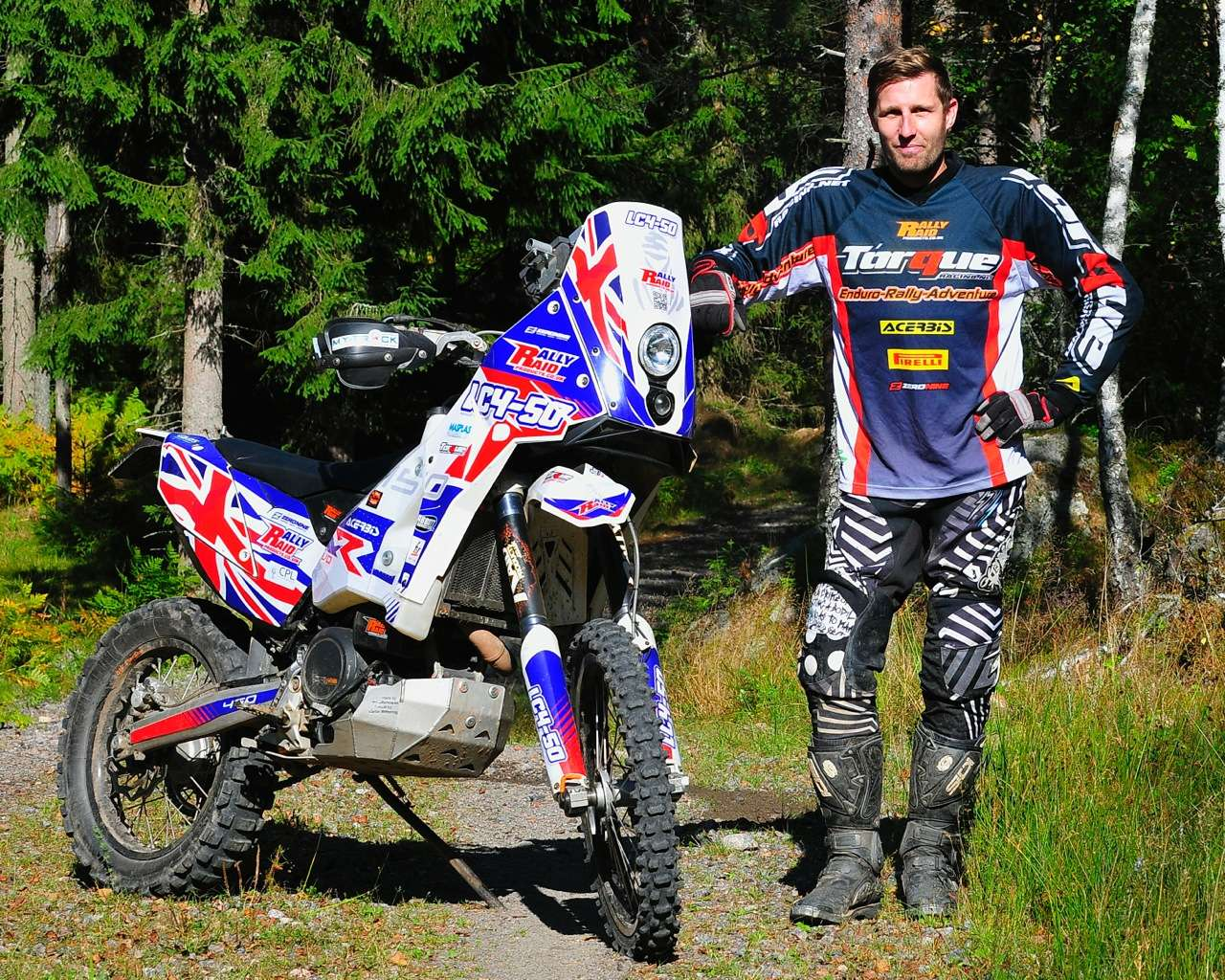 Dakar-rally-LC4-50-and-rider-Carl-Hagenblad