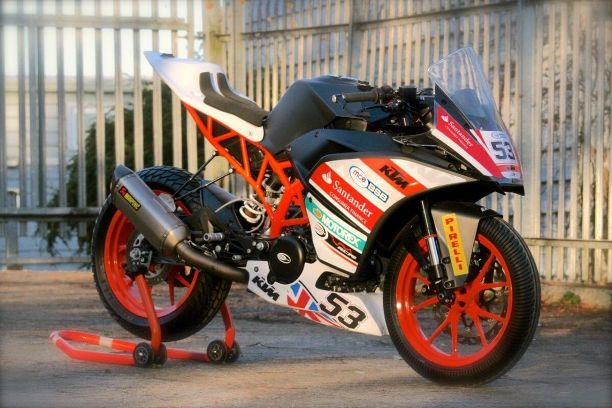 KTMRC390-race-bike2