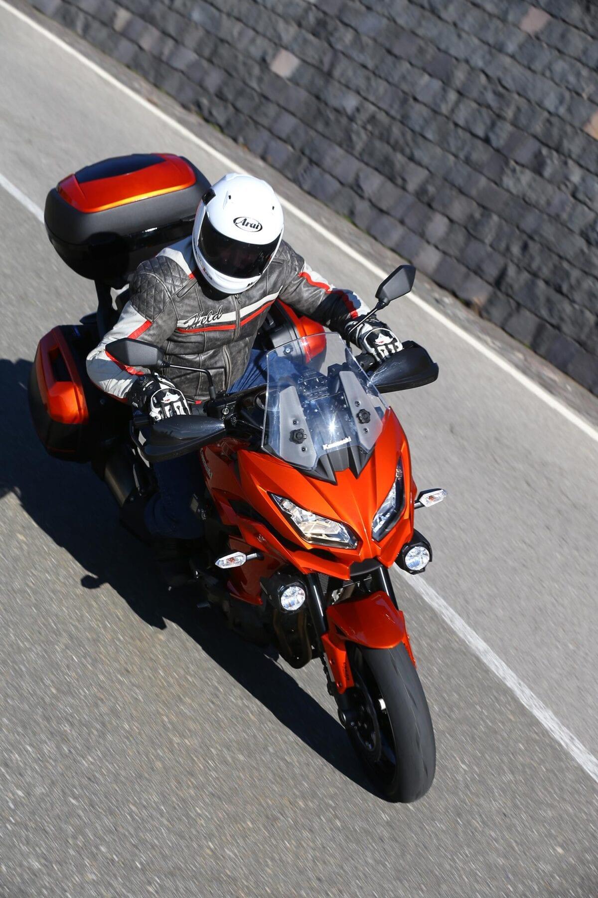 Kawasaki-Versys-1000-action-0054
