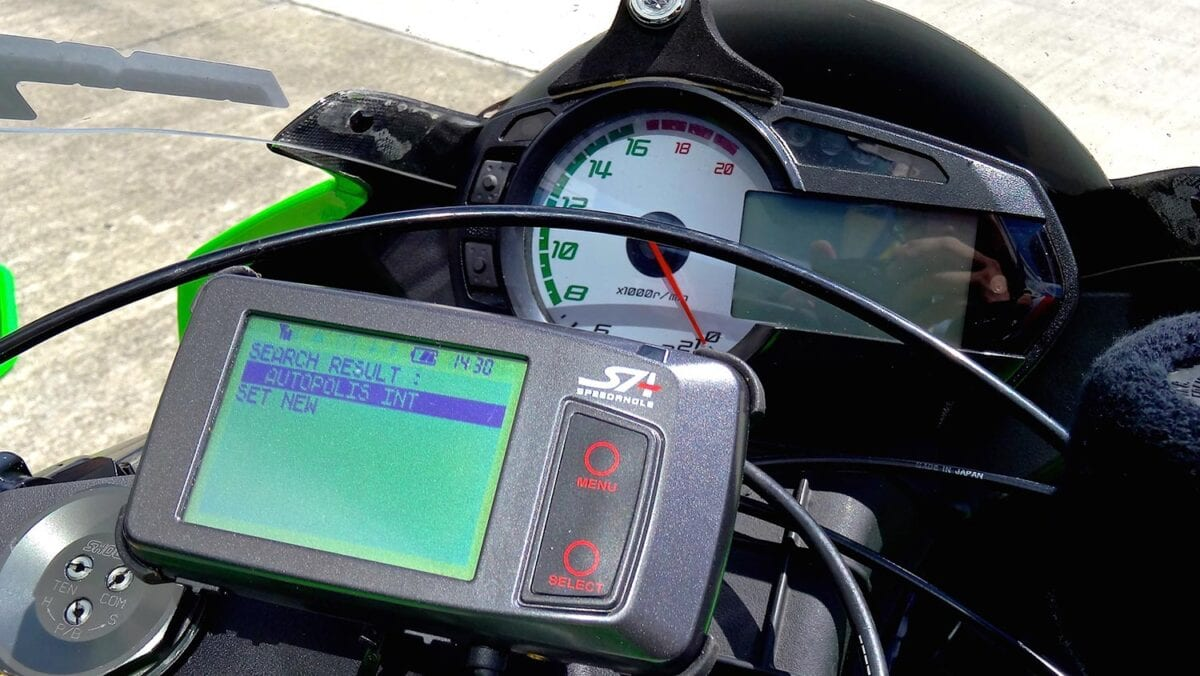 Motorcycle-datalogger-3