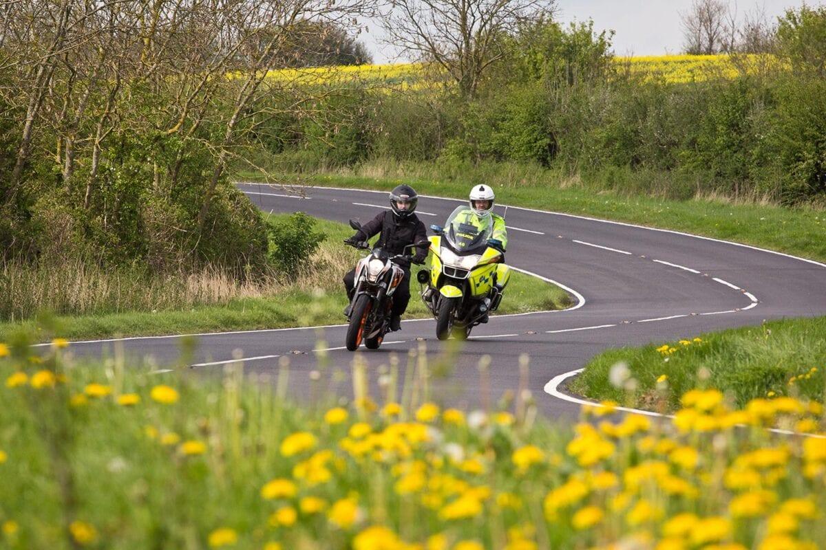 026_Riding-Scenic