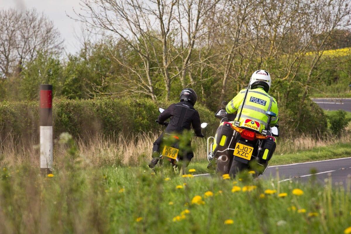 026_Riding-rear