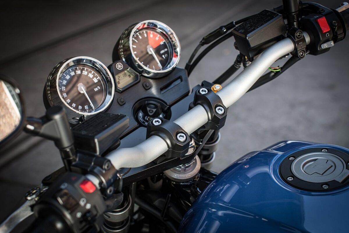 045_Yamaha-XJR1300-013