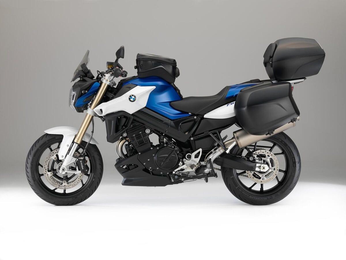 2015-BMW-F800R-056