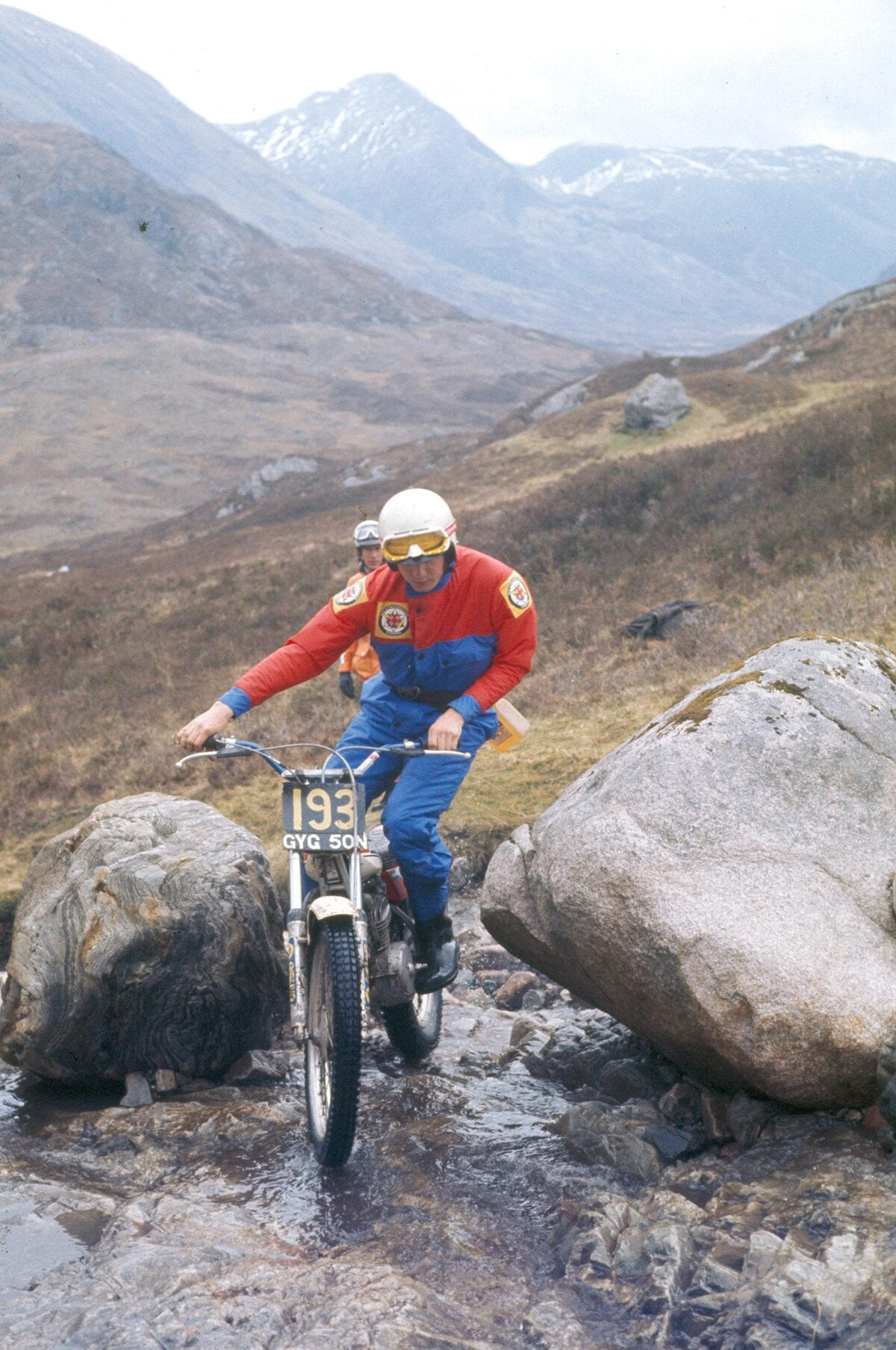 Nick-Jefferies-on-a-250cc-Yamaha-at-Callart-Falls.-Credit---Mortons-Archive