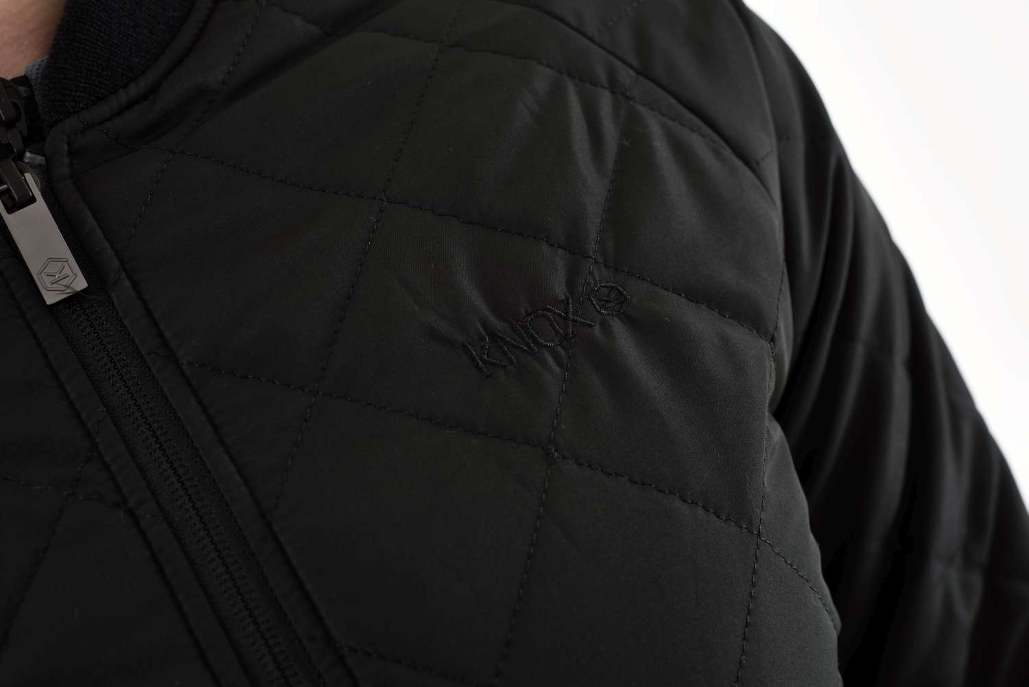 knox-quilted-jacket-detail3