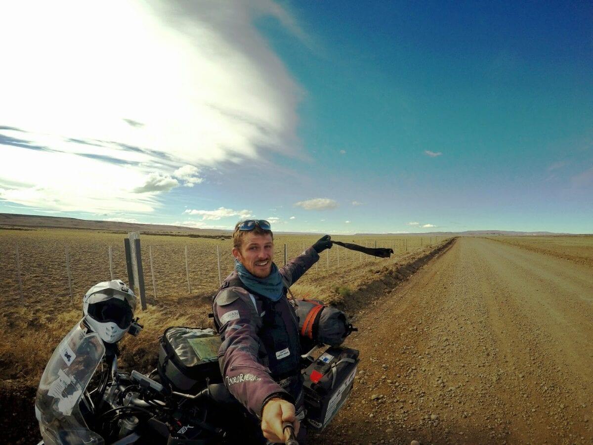 2moroRider-Patagonia-windy