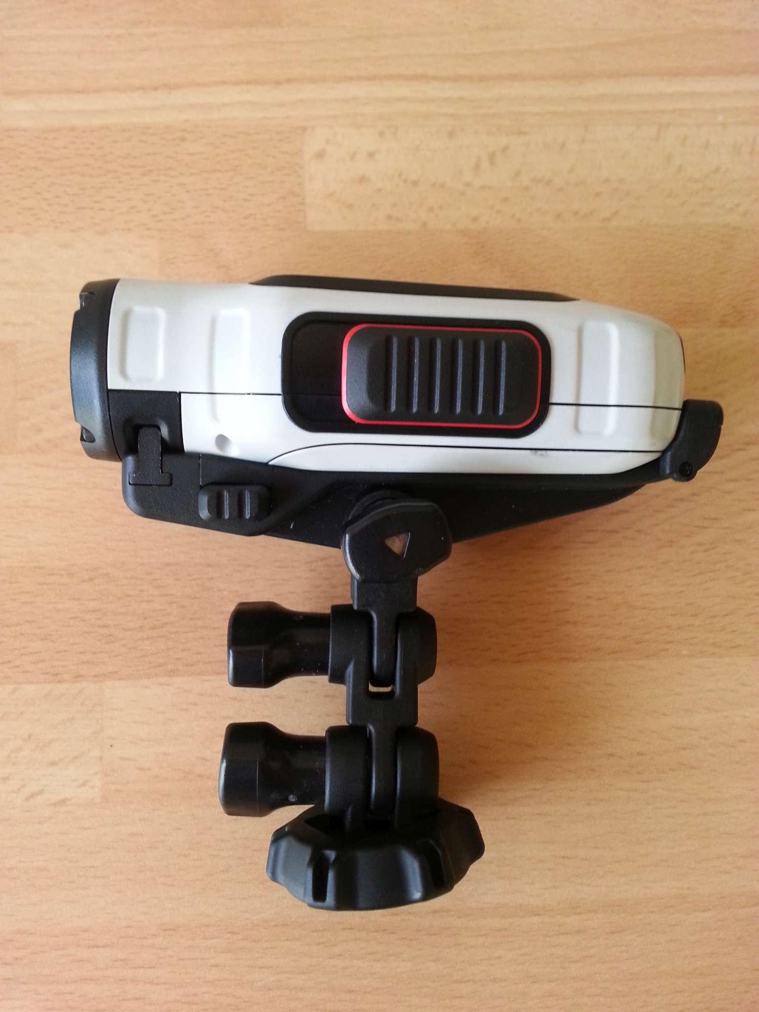 Garmin-VIRB-camera-incradle