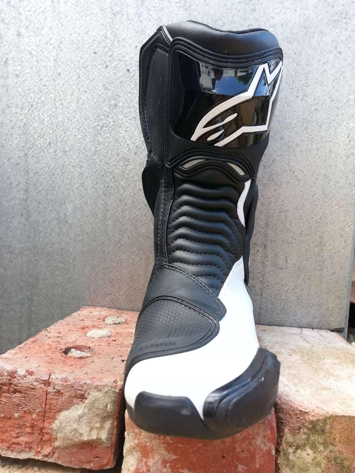 alpinestars-smx6-boots-front