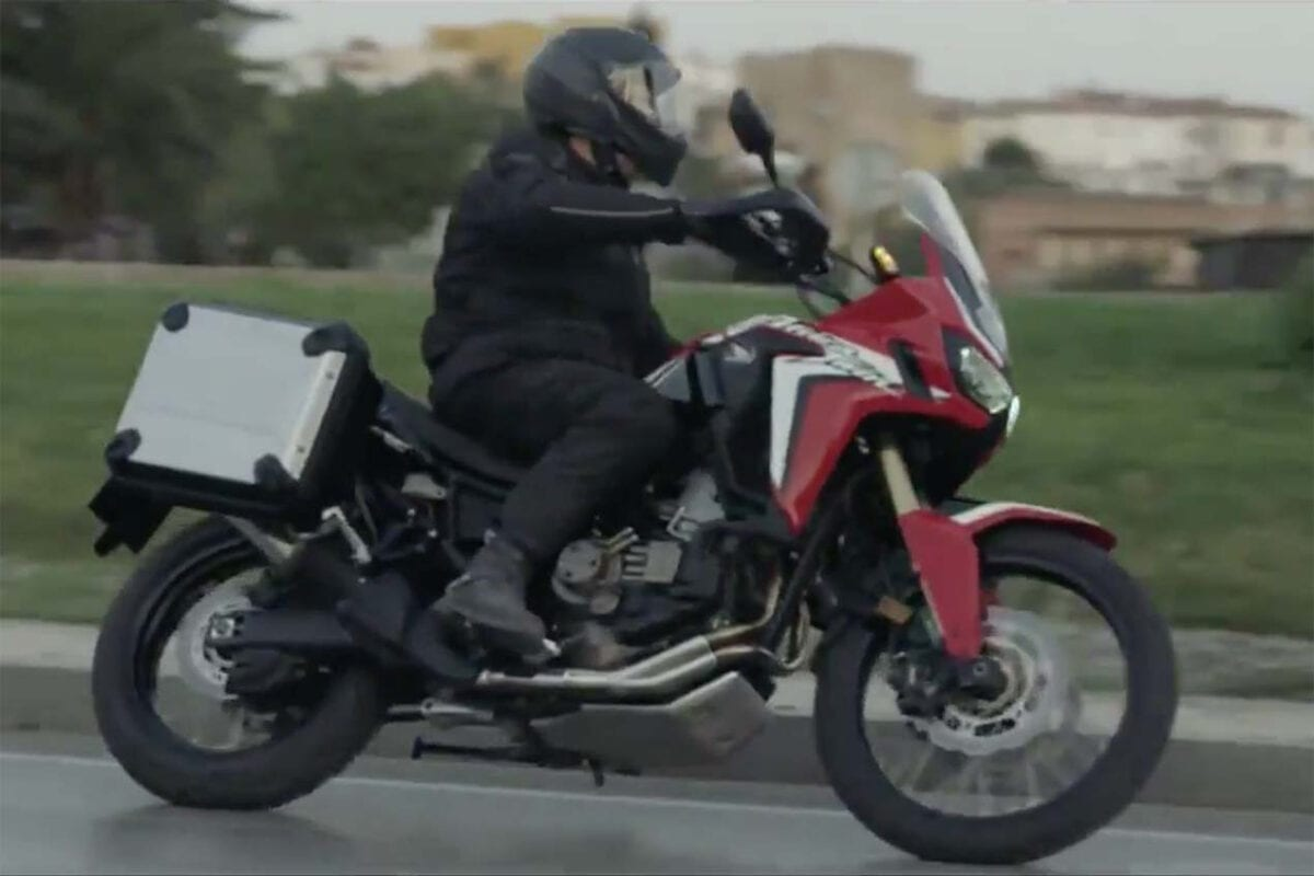 2016-Honda-CRF1000L-Africa-Twin-video-leak-11