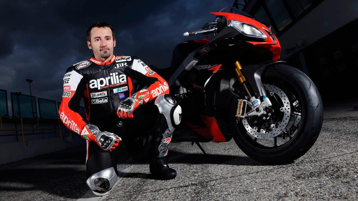 max-biaggi-returns-to-world-superbike-with-aprilia-this-weekend-96800_1