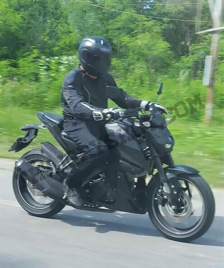 New Yamaha naked motorcycle spotted, could be Yamaha MT-15