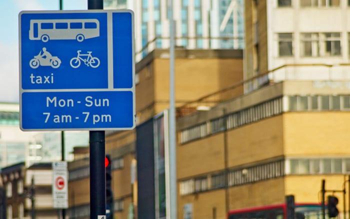 bus-lane-signage